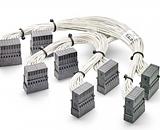 Угловые коннекторы Tyco STRADA Whisper помогут увеличить плотность соединений при подключении к объединительной плате
